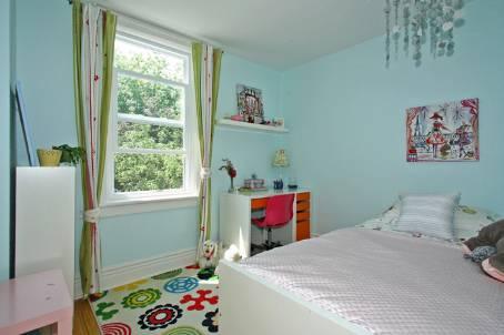 old guest room.jpg