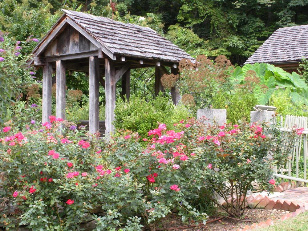 Country Garden — Justin Stelter Landscape Gardening