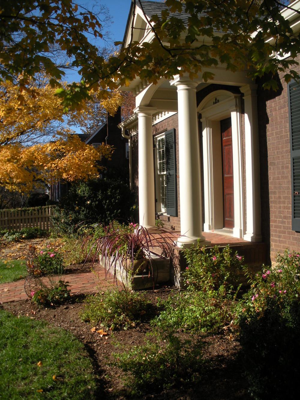 Justin Stelter Landscape Gardening - Cottage Garden - 4148858559_963dbaa424_o.jpg