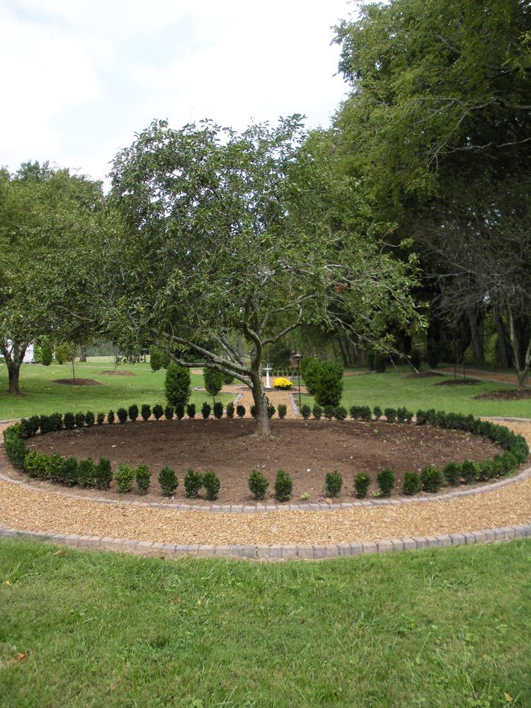 Justin Stelter Landscape Gardening   Boxwood Gardens