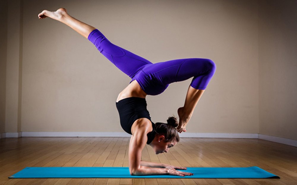 Yoga-Posture-Of-Girl-4K-Wallpaper-2.jpg