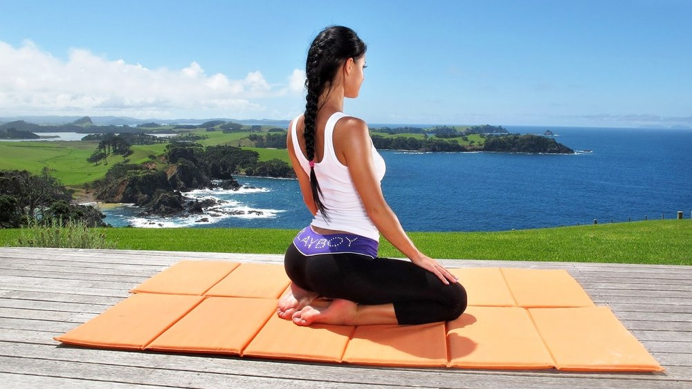 Yoga-Stock-Wallpapers-HD-Pictures.jpeg