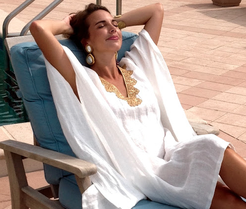 Another great poolside and party caftan.