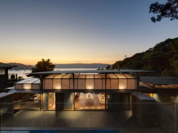 Cliff Face House | Palm Beach | by Fergus Scott Architects and Peter Stutchbury Architecture