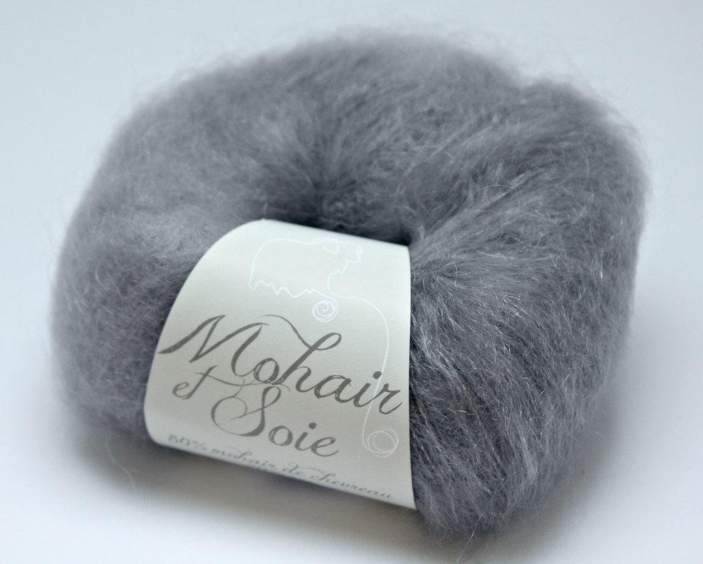Atelierfibrelaine-3 balls of yarn.jpg