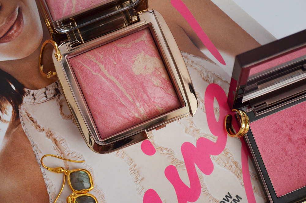 Hourglass ambient lighting blush in luminous flush.