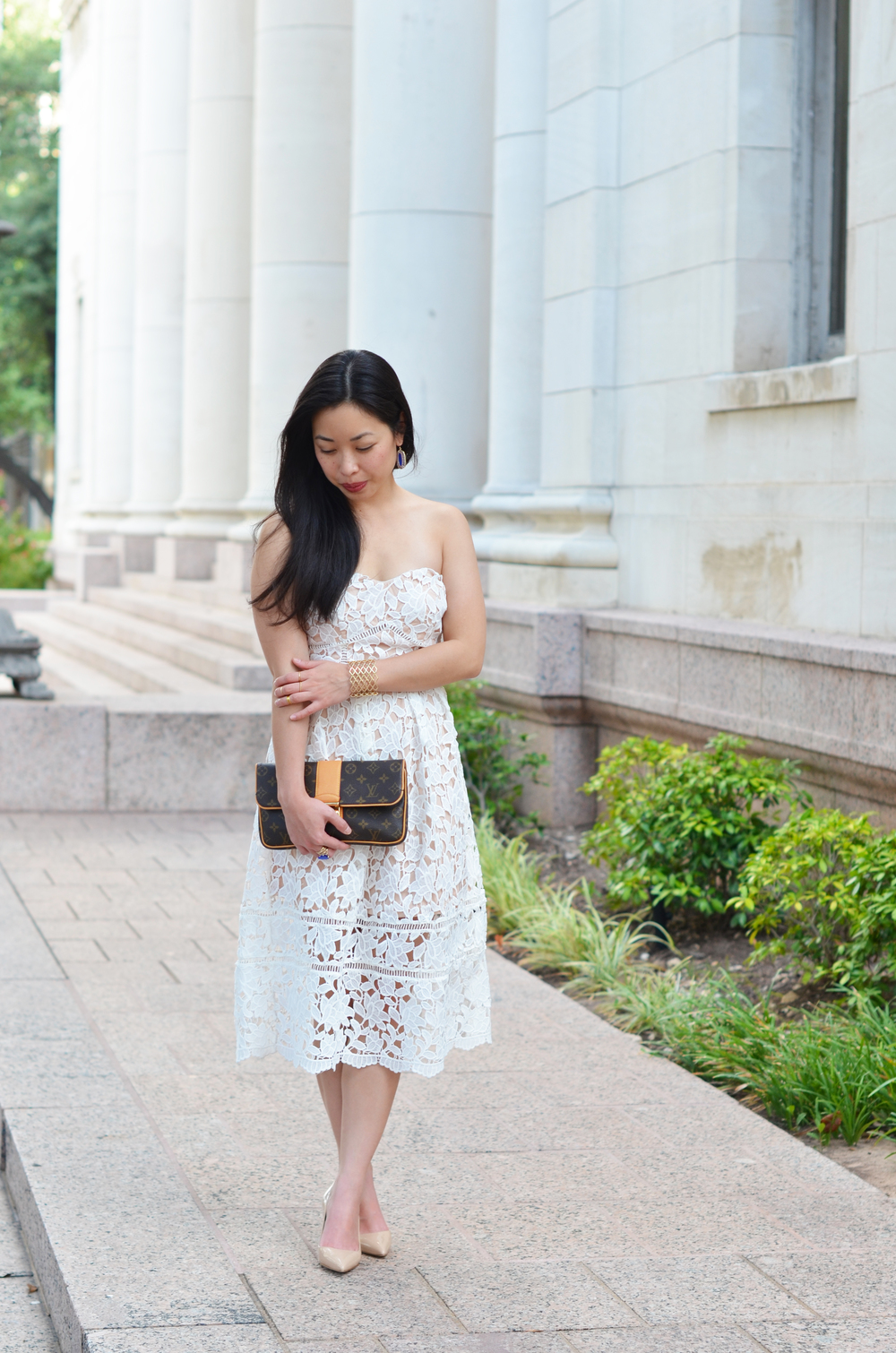 the white lace midi dress -- jannadoan.com