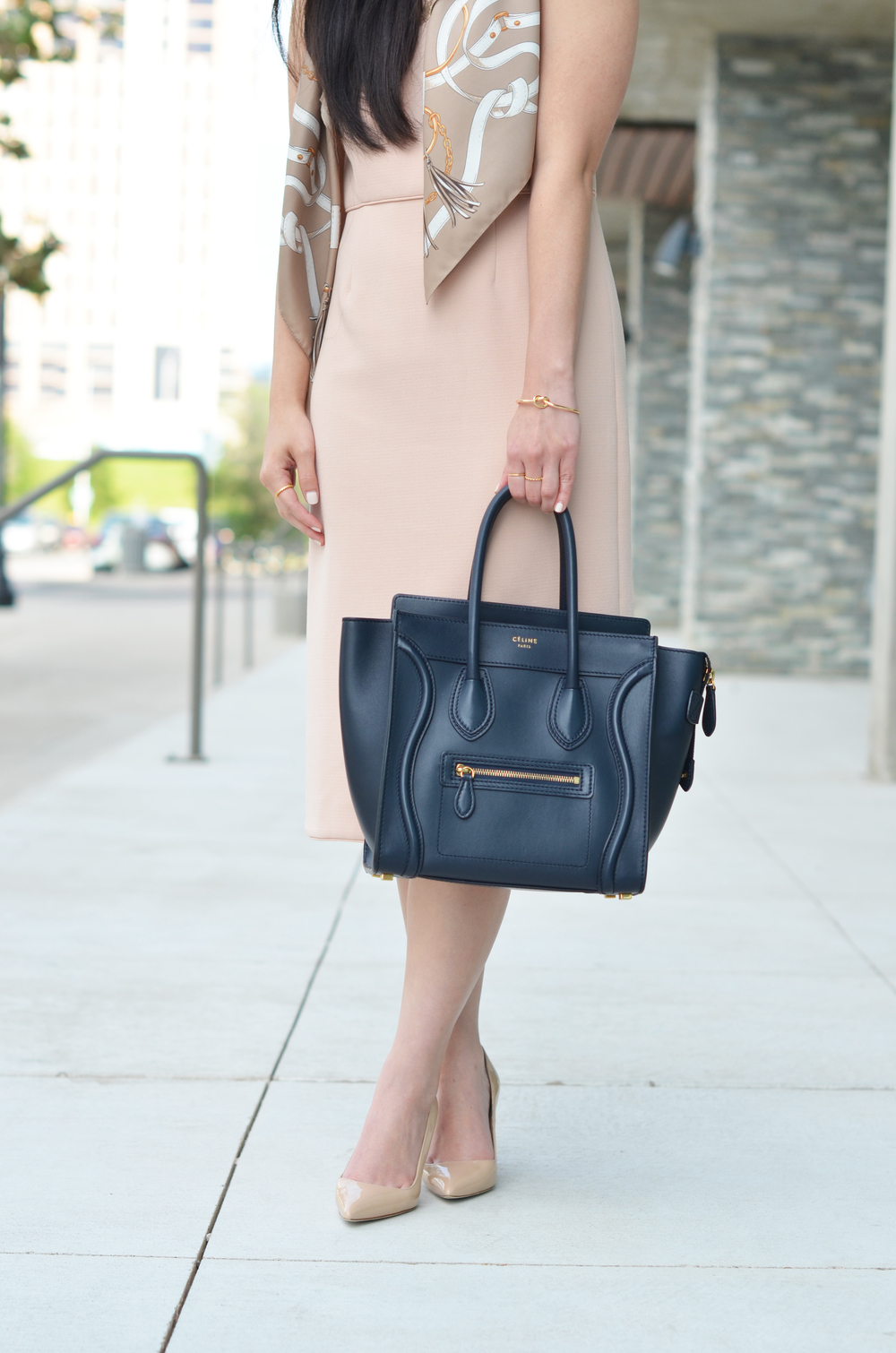 how to style a sheath dress -- jannadoan.com