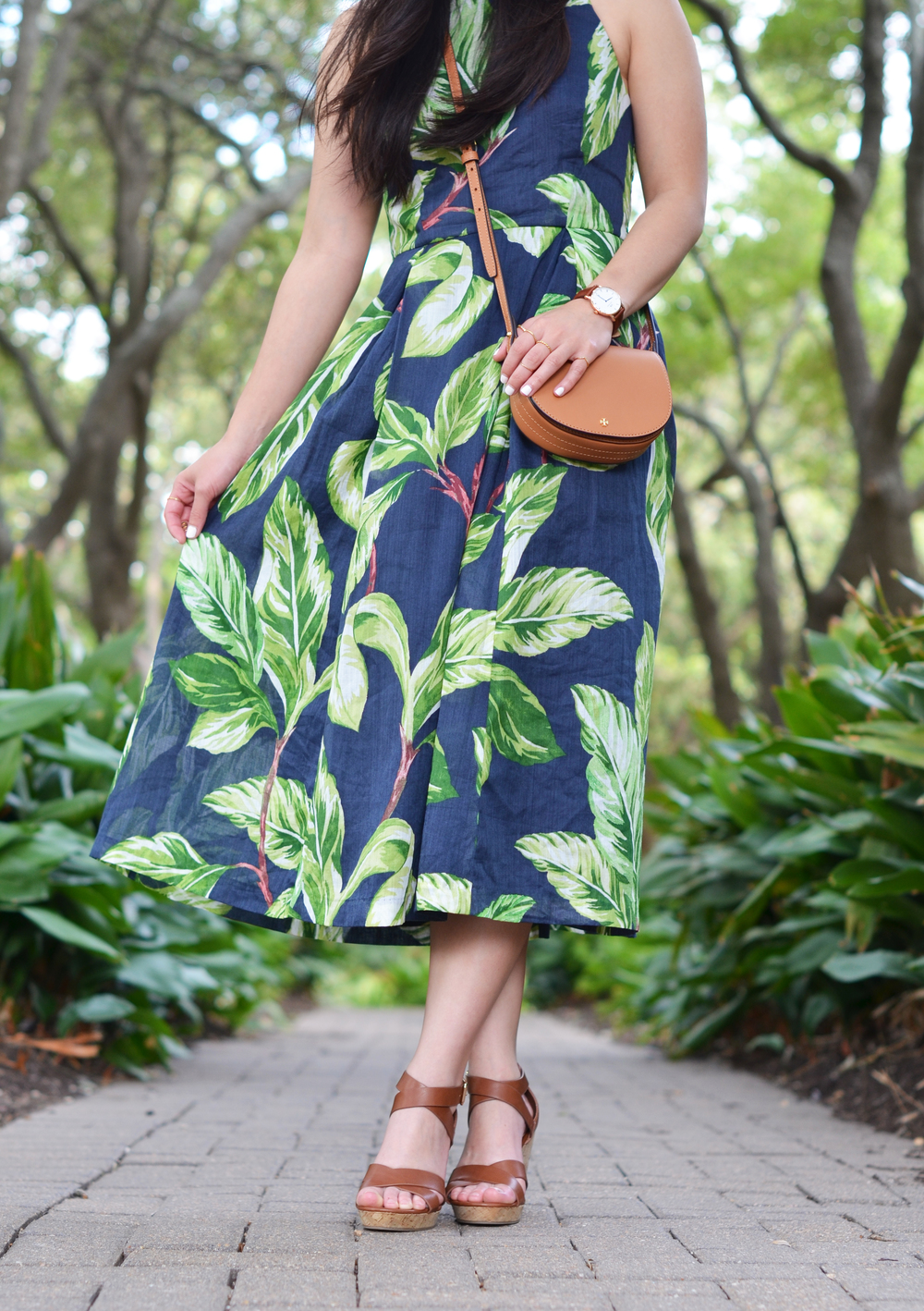 leaf print halter dress -- jannadoan.com