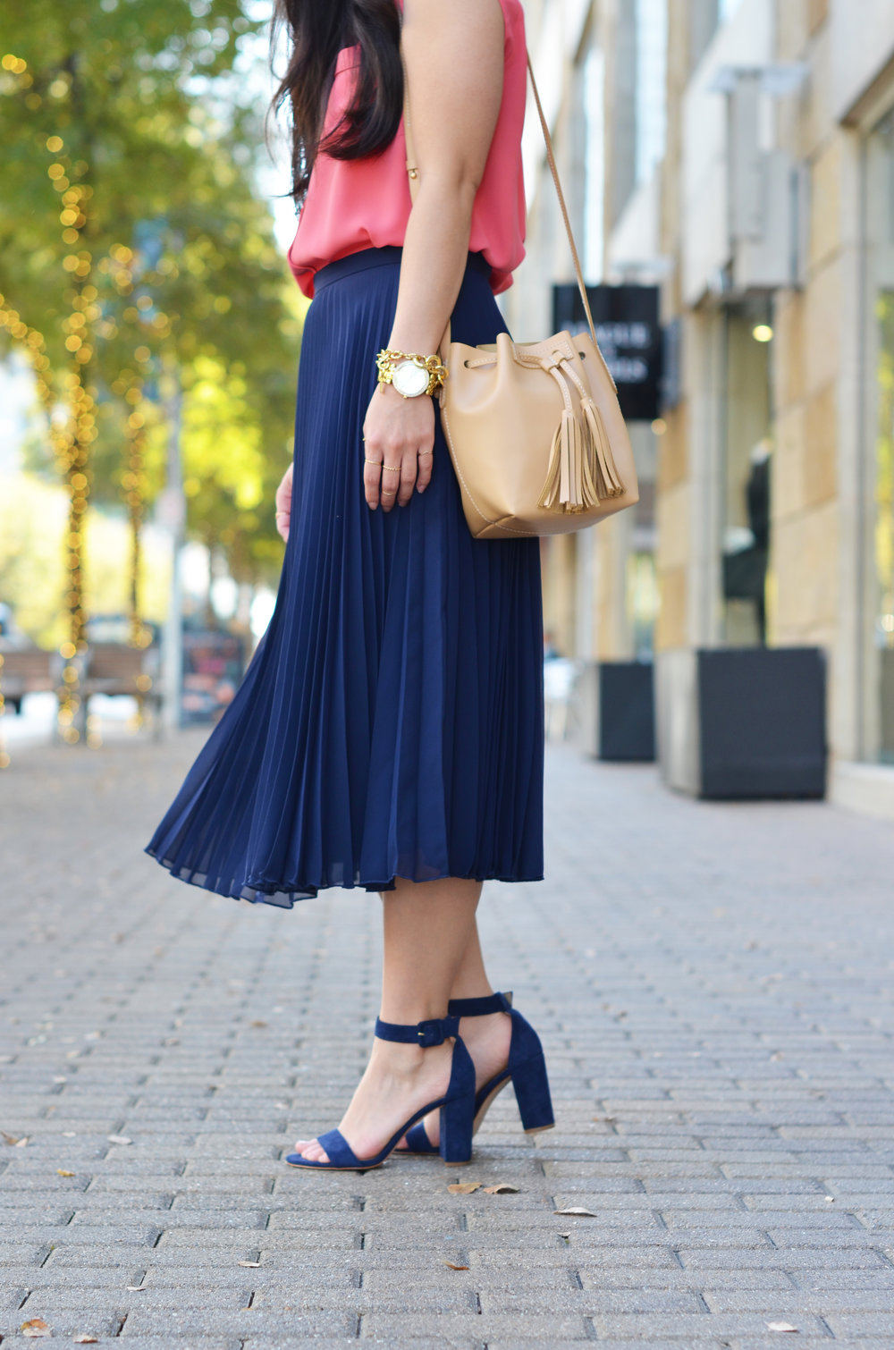 the-navy-pleated-skirt-jannadoan.com