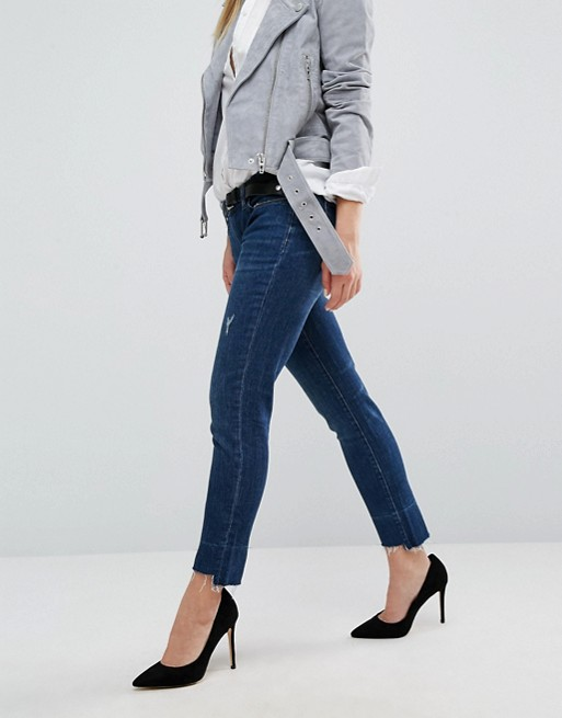 Blank NYC boyfriend jean with extreme destroyed detail