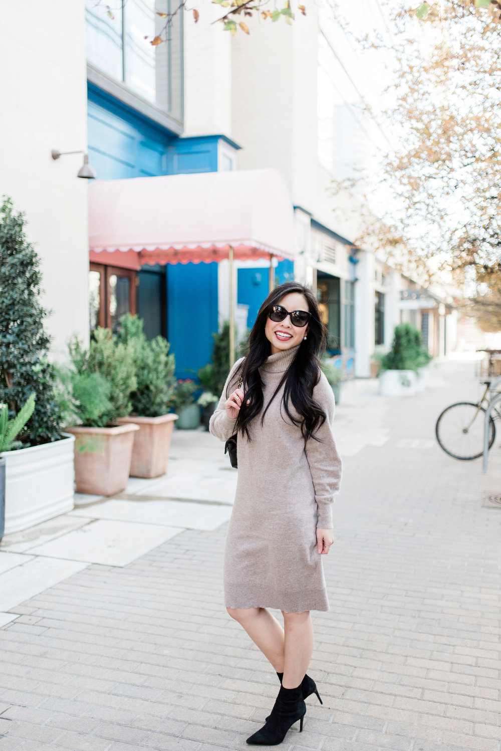 the cashmere turtleneck dress -- jannadoan.com