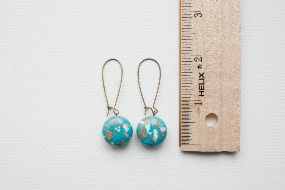 fridayfeature-frecklesinhereyes-earrings-pic2