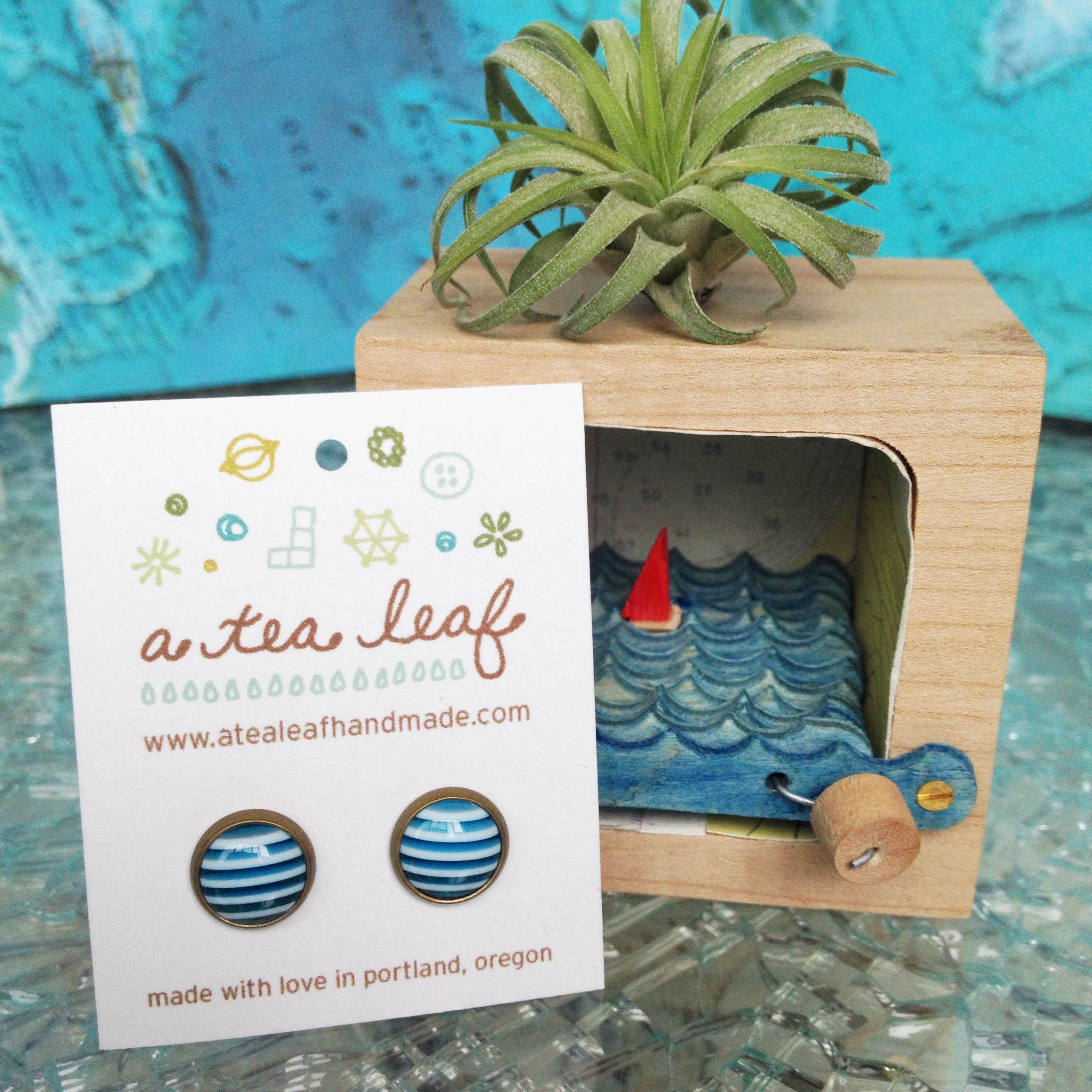 Ahoy Sunshine - cabochon earrings