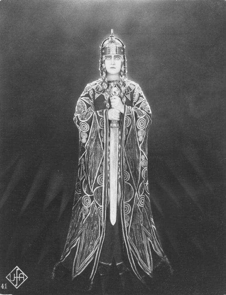 gorettmisstag :    from  Die Nibelungen: Siegfried , 1924 by  Fritz Lang