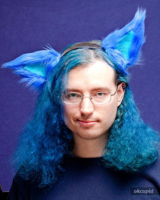 """Beautiful and unique snowflakes, one and all.    gothsonokcupid :     """"the first things people usually notice about me  Blue hair, eyes and possibly my coffee addiction.  And maybe that I'm doing something strange/goofy."""""""