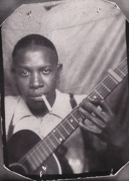 hellhoundonmytrail: Robert Leroy Johnson (May 8, 1911 – August 16, 1938)