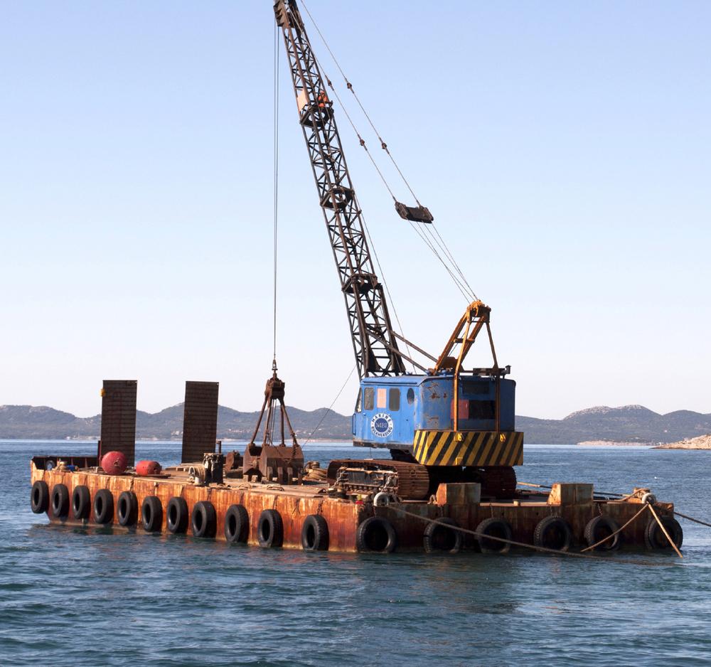 Dockbuilding