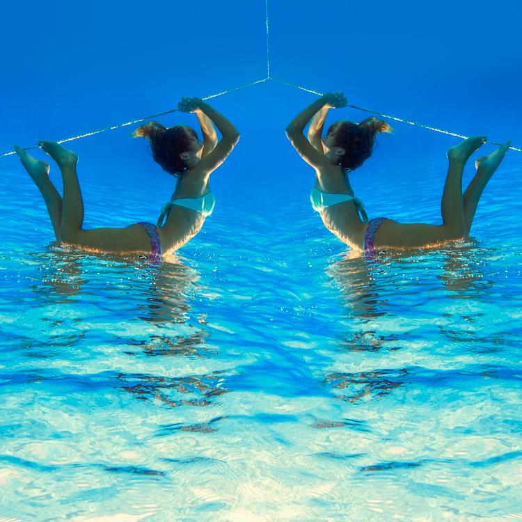 underwater796c.jpg
