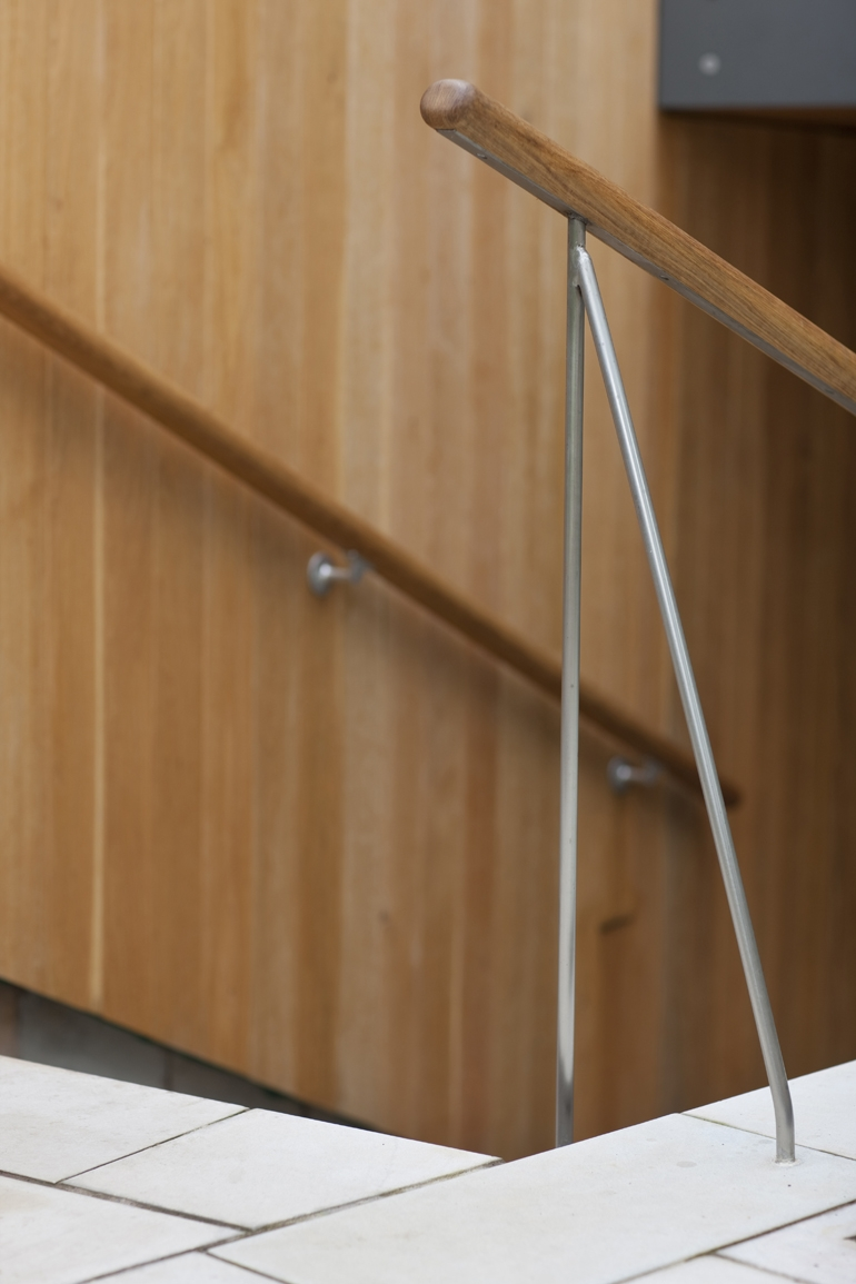 03 handrail detail.JPG