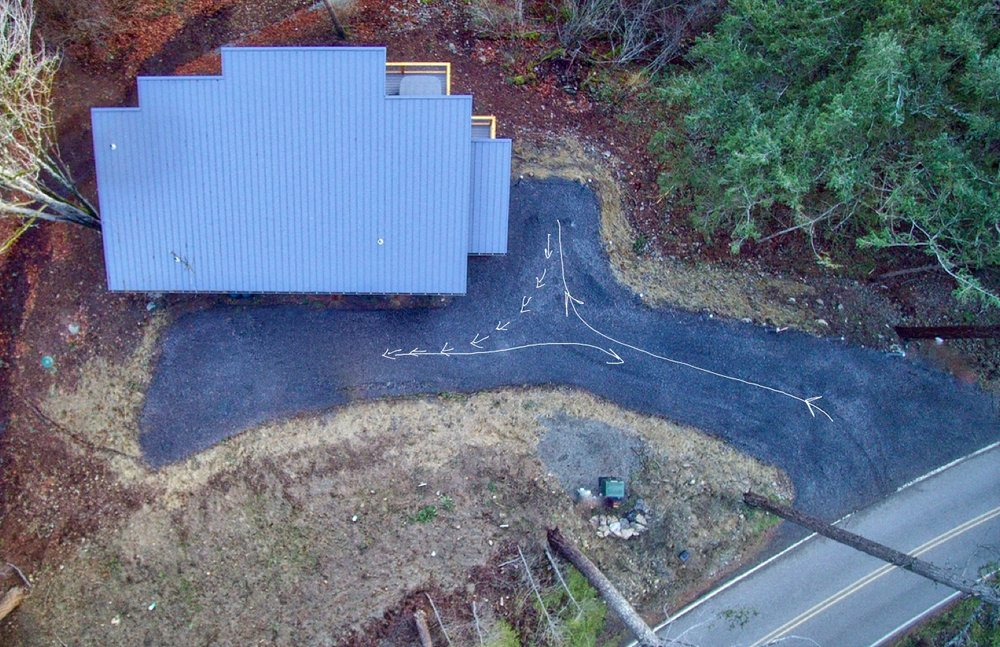 Overhead view of Parking/Turnaround at the home.