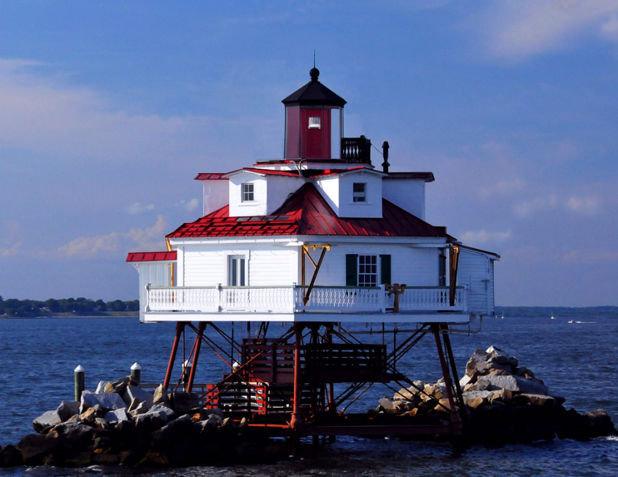 Thomas-Point-Lighthouse-for-club.jpg