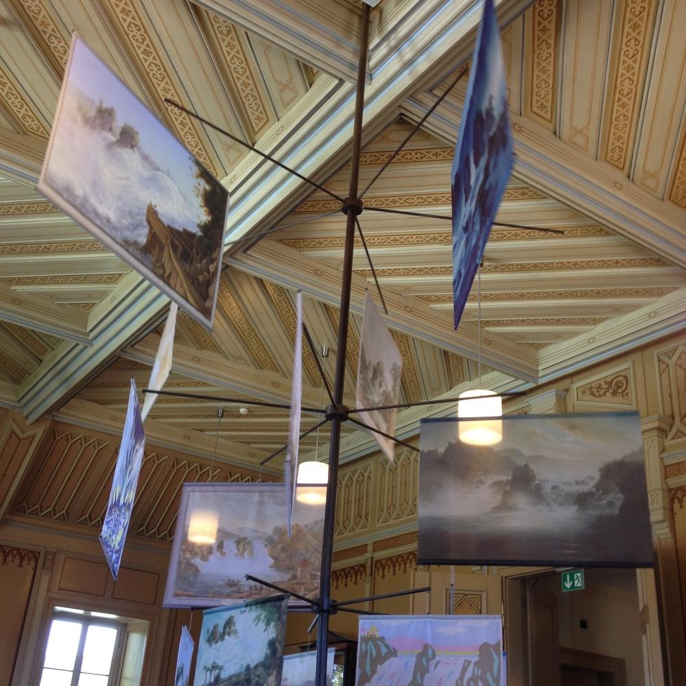 Vista parcial de la sala del museo que recoge la historia de las Cataratas como fuente de inspiración artística. Foto: Bruny Nieves