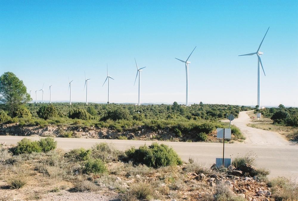 Por la ruta de don Quijote pudimos ver modernos molinos de viento. Foto: Pamy Rojas