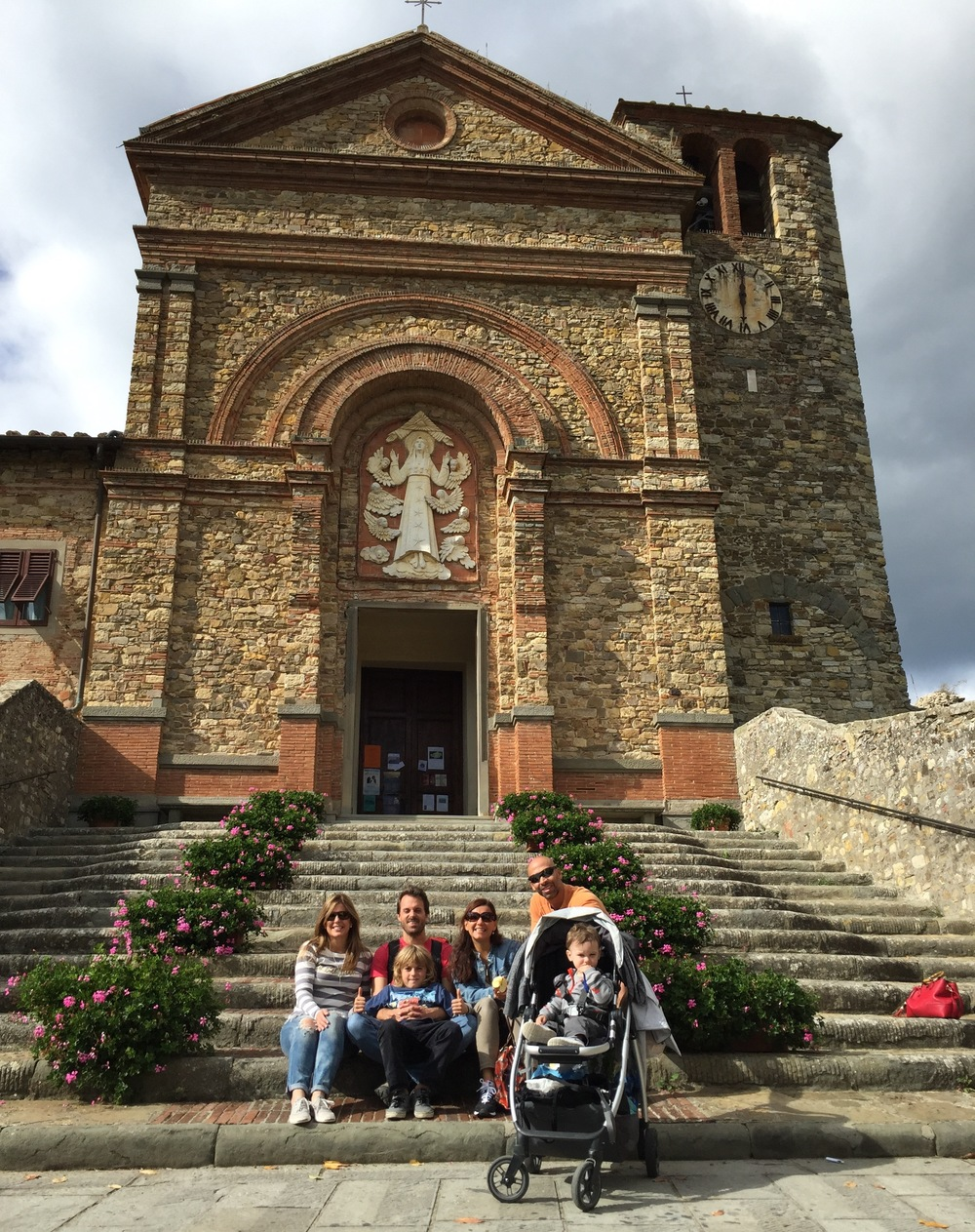 Frontside of Santa Maria Assunta's Church in Panzano. Photo: Marco Dettling (with self-timer).
