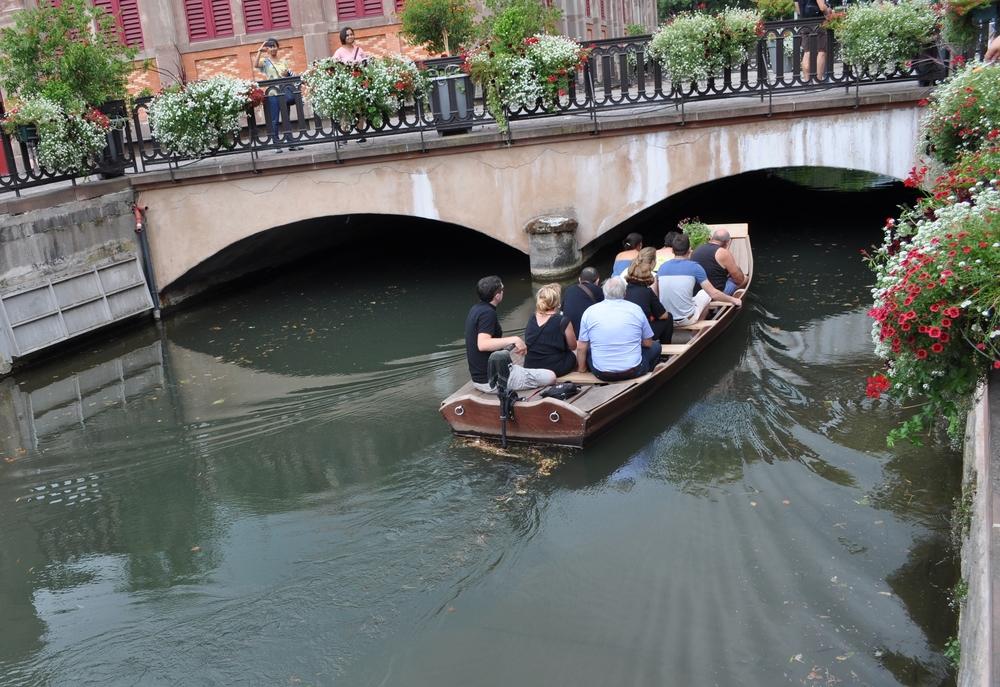 Los canales se usan para la navegación, riego de cultivos, suplido de agua y drenaje. Foto: Pamy Rojas