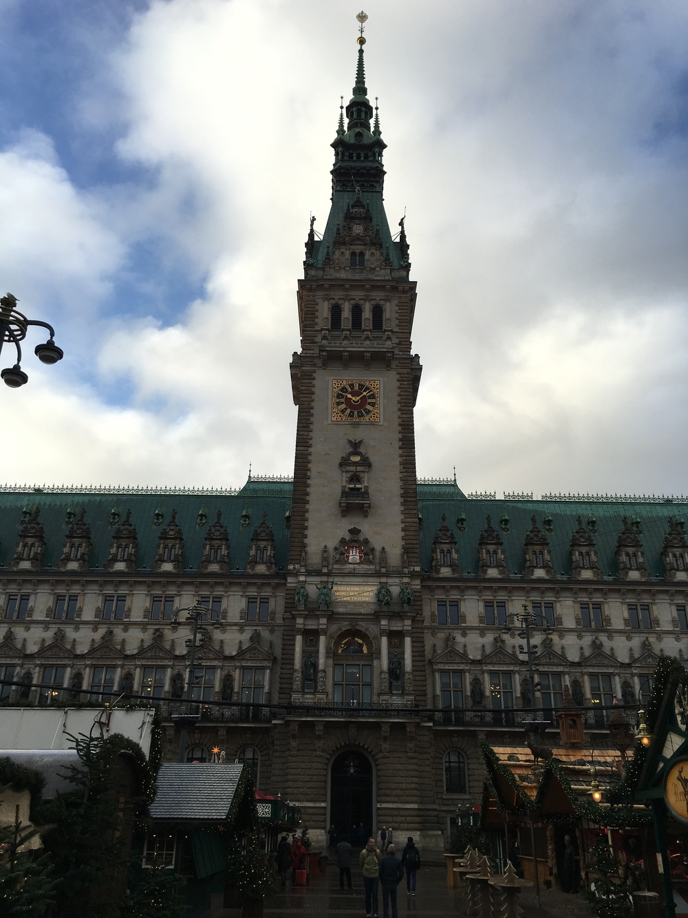 The impressive town hall building (Rathaus in German), located in the city center, was built in 1897. Photo: Bruny Nieves