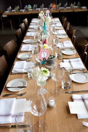 table_setting1.jpg