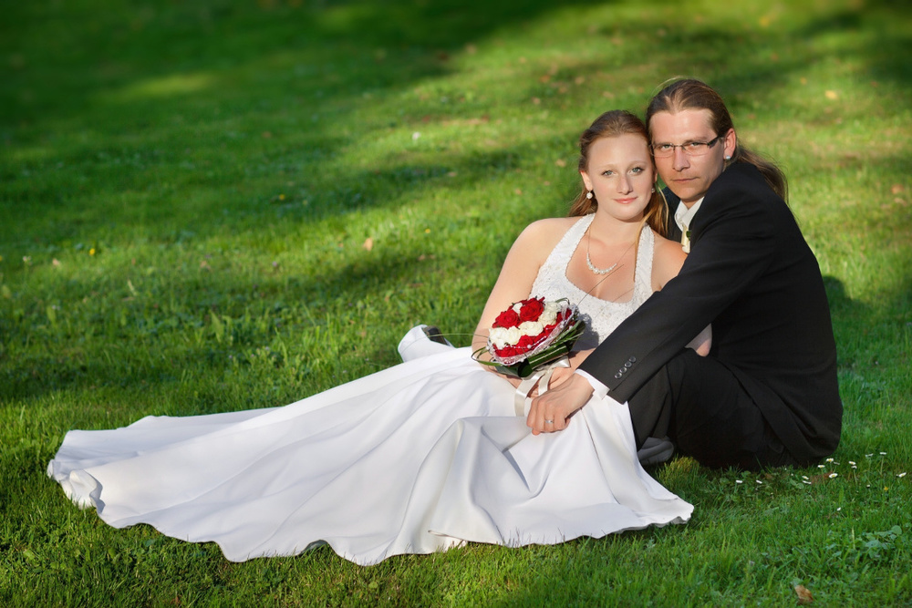 Bride+and+Groom+on+grass+(Web).jpg