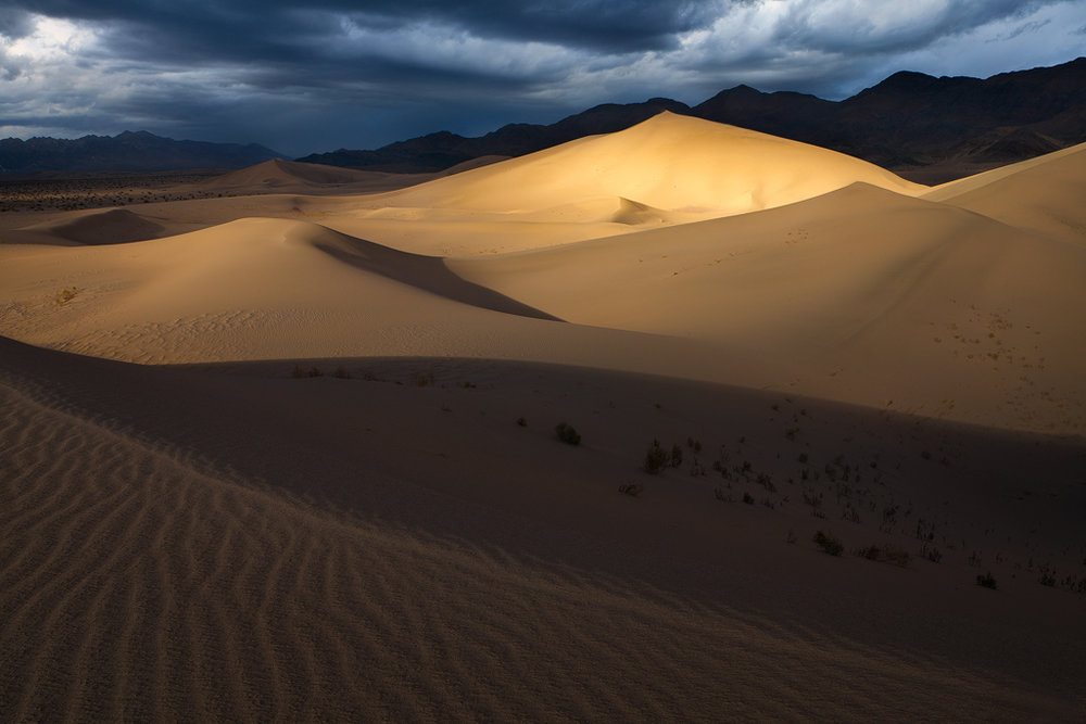 Death Valley National Park, California. (c) Ron Coscorrosa.