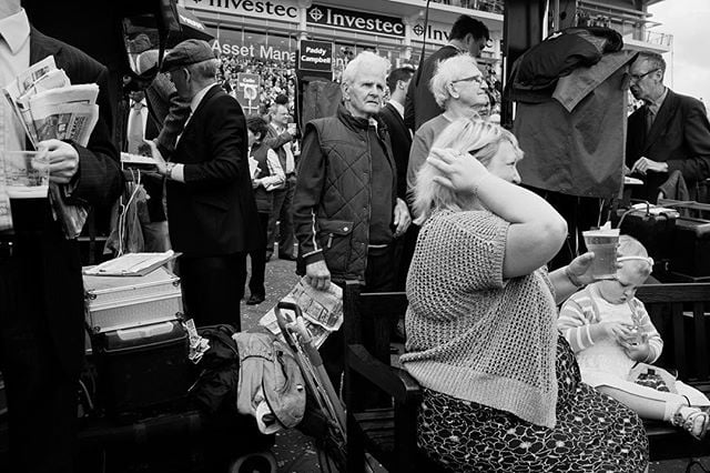 #races #horseracing #epsom #thederby #crowd #bw #punters #fuji #fujifilm #fujix100s #fujifilmx100s