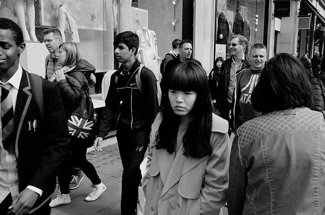 #London #fujix100s #regentstreet #crowd