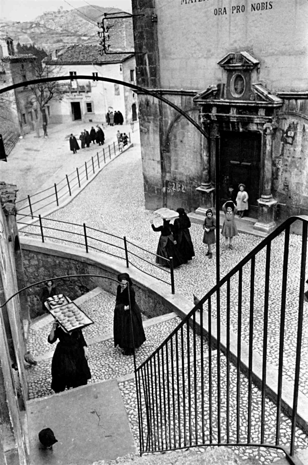 Henri Cartier-Bresson  Aquila Degli Abruzzi, Italy  1952 Silver gelatin print 12 x 16 inches signed on recto in ink © Foundation Henri Cartier-Bresson / Magnum Photos Courtesy Peter Fetterman Gallery