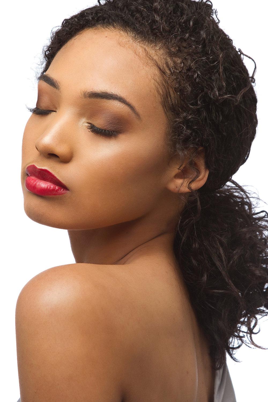 Model:Chanbriel - Photo: Willyum Baulkey
