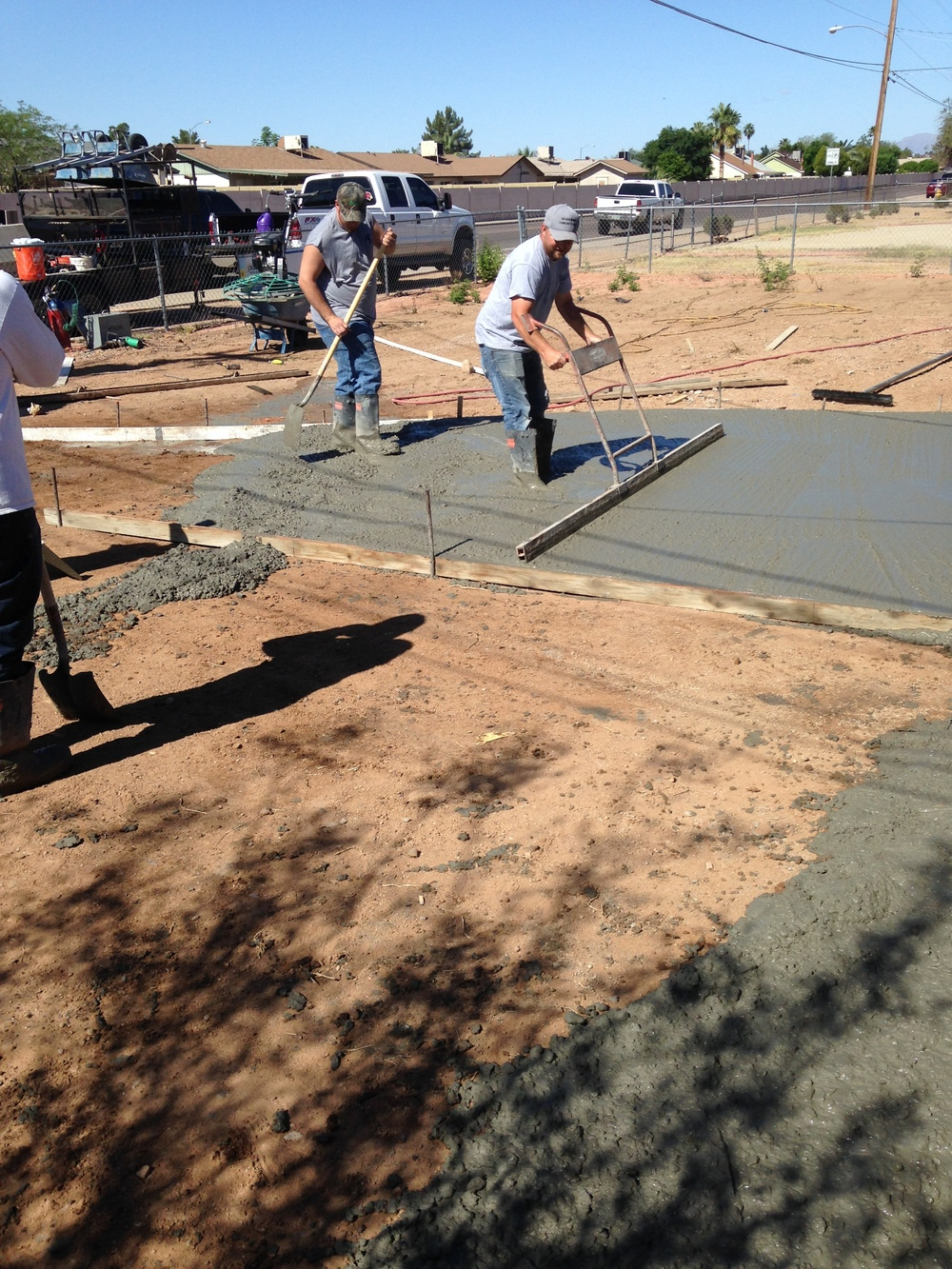 05.09.15_11 Concrete pour.jpg