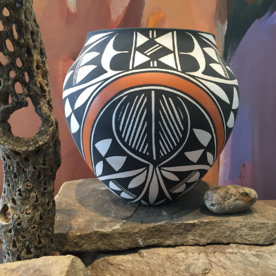 Acoma pot Modern West