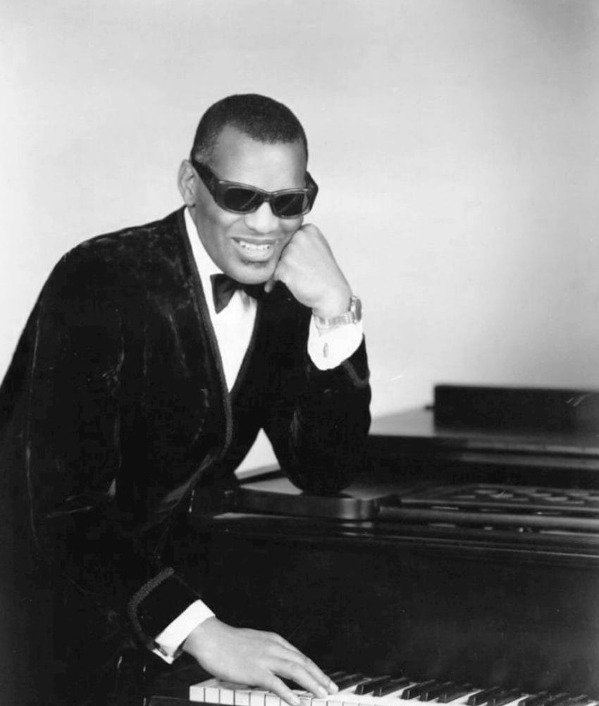 Photo: https://en.wikipedia.org/wiki/Ray_Charles
