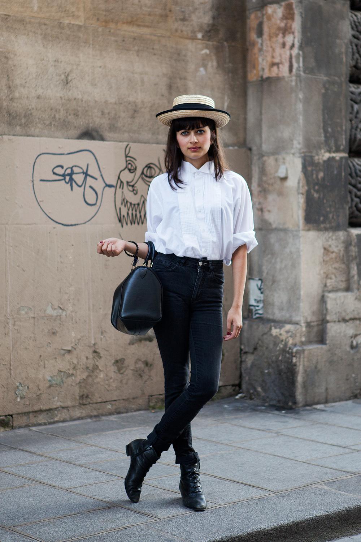 Paris-WhilteShirt02.jpg