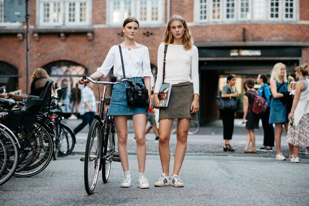 Emilie Elle Hauge & Frederikke Elle Hauge
