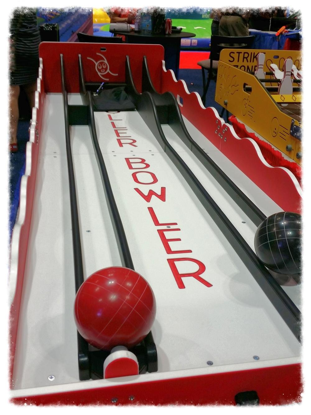 Dual Bowler Roller