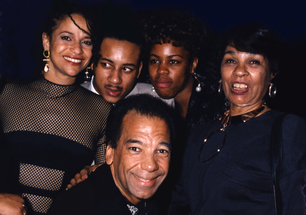 Debbie Allen Micheal Petters and friends109.jpg