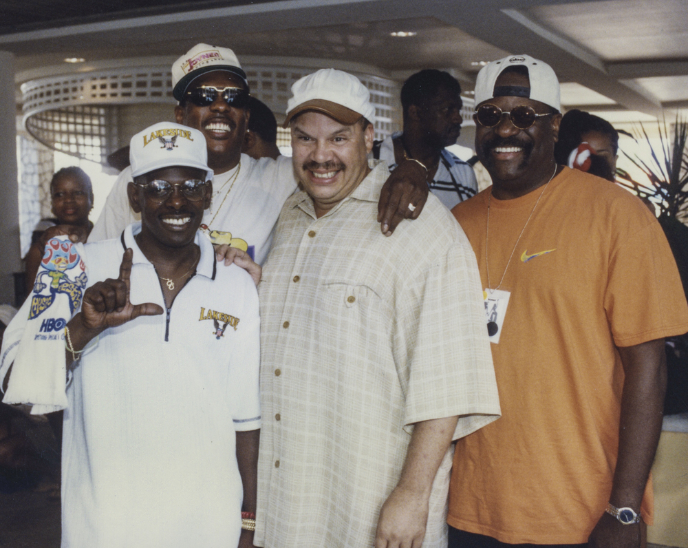 Tom Joyner with the members of Lakeside-3.jpg