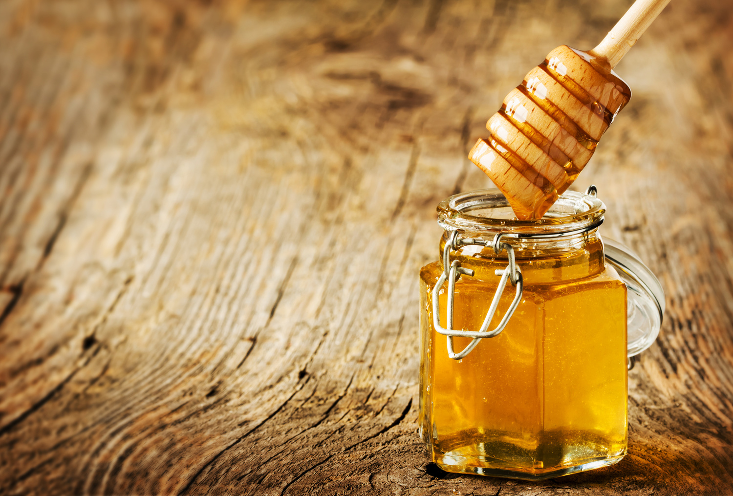 Supplement Spotlight: Manuka Honey for Skin, Digestive