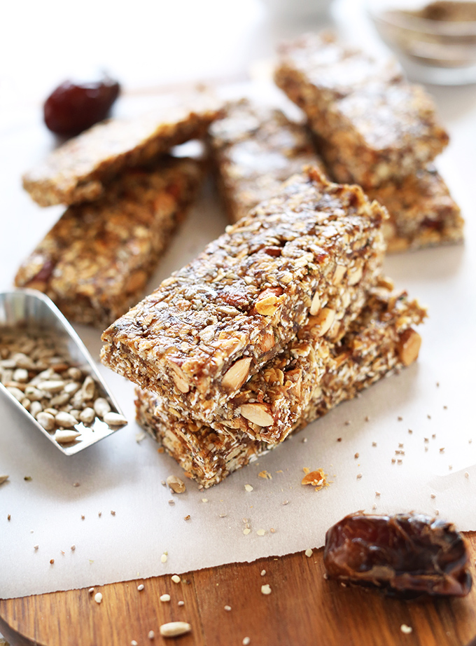 AMAZING-super-seedy-granola-bars-Naturally-sweetened-vegan-and-glutenfree-and-SO-delicious.-Perfect-for-snacking-or-taking-on-road-trips2.jpg
