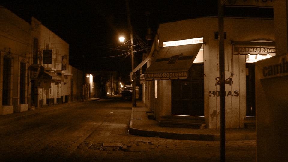Farmacia-Droguería / Felix E. Guerrero / CC via  Flickr