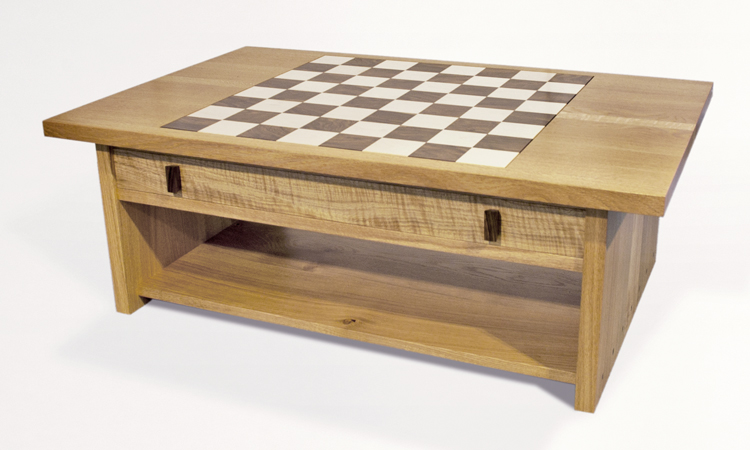 Merveilleux Oak Coffee Table With Inset Chessboard.